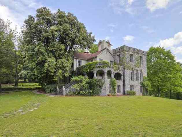 3) Greenville Castle: This castle was built for a German Baroness in 1902. It sits on the south face of Paris Mountain just a short 10-minute drive from Greenville, SC. It certainly holds all the romance of a fairytale.
