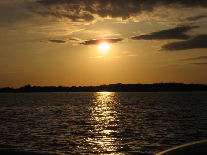 4) Indian Lake