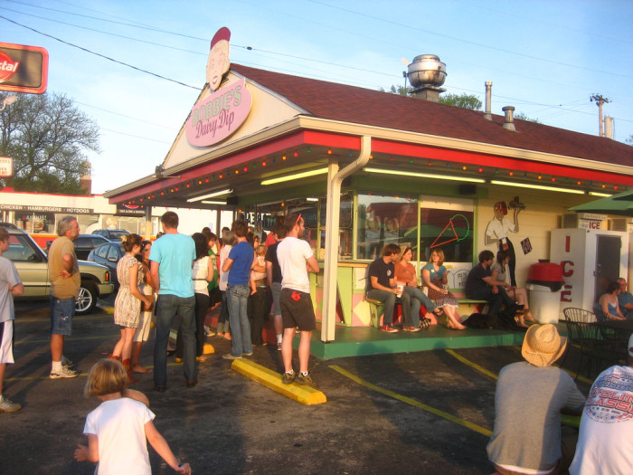 2) An outdoors old-school diner located on Charlotte Pike, Bobby's Dairy Dip serves great burgers and epic soft serve ice cream cones that you can choose to have dipped in chocolate or peanut butter. Yum!