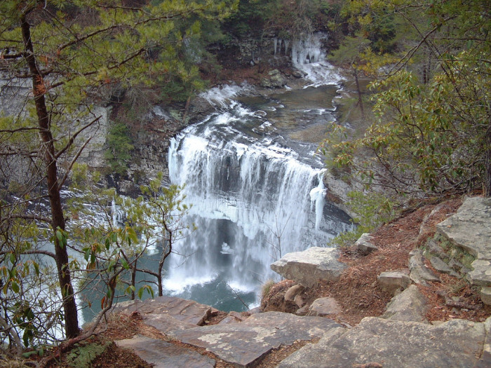 6)As Tennessee's most visited state park, Fall Creek Falls is situated in both Van Buren and Bledsoe counties, stretching over more than 26,000 acres. Take a look at the falls and maybe stay the night at the campground.