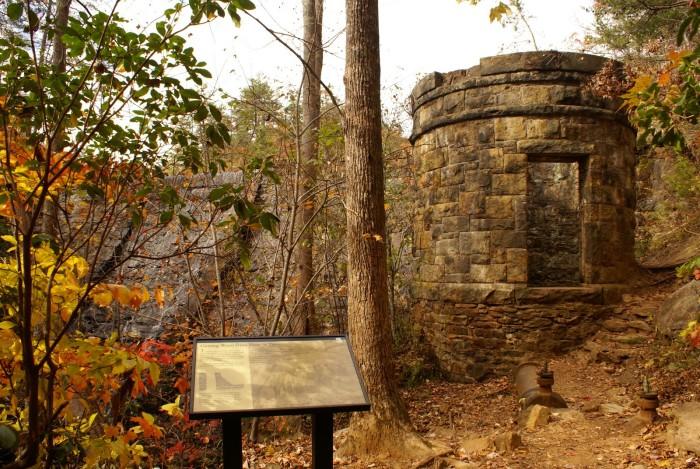14 epic hiking trails in south carolina paris mountain sulphur springs trail greenville sc publicscrutiny Images