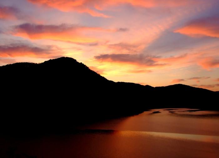 2 this jaw dropping photo was taken at blue stone lake near hinton wv