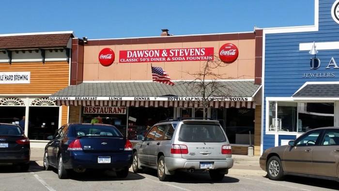 8) Dawson & Steven's Classic 50′s Diner