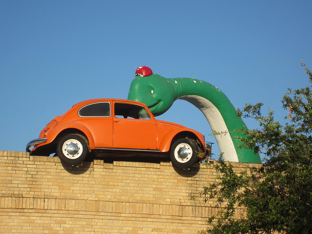 3) Dino Bob