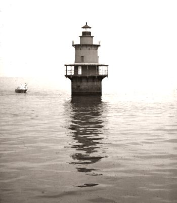 1972 Newport News Middle Ground Light_Jack Keene_flickr