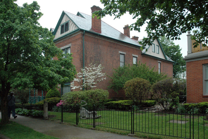 8) Walk through the historical home of 20th century humorist James Thurber in Columbus at no cost.