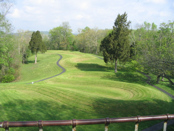 4)...And because Mound City wasn't enough we also have the mysterious and mind boggling Serpent Mound in Adams County.