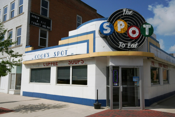 4) Cook's Spot: The Spot to Eat