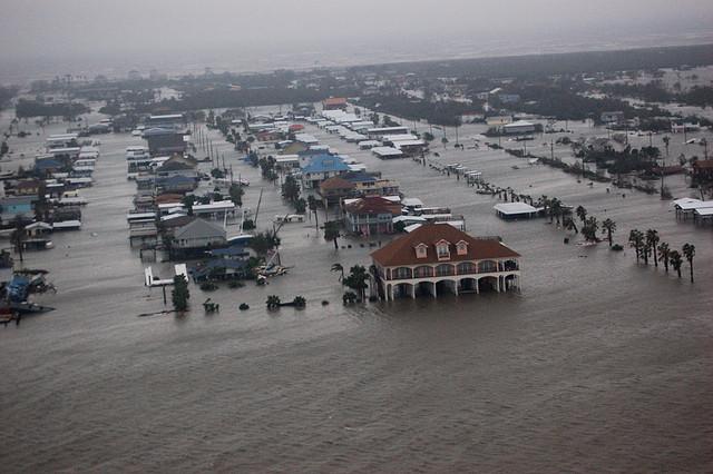 3) Hurricane Ike