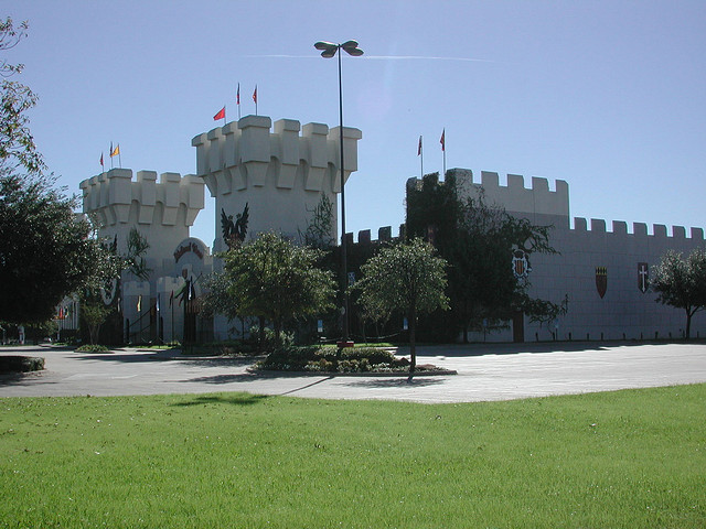 9) Medieval Times Castle: located in Dallas, this castle serves as a place for medieval entertainment and chowing down on food fit for a king. It's meant to take guests back in time as they witness epic battles, jousting tournaments, royal feasts, and knights suited up in full armor. Definitely check it out if you want to experience the Renaissance era first-hand!
