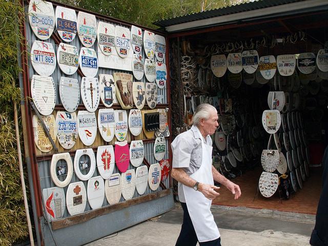 6) Barney Smith's Toilet Seat Art Museum - San Antonio