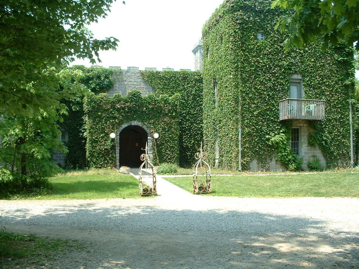 6) Stay in one of Ohio's overnight castle getaways (Pictured: Ravenwood Castle in New Plymouth.)