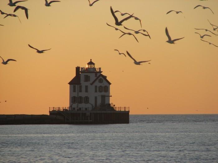 10) Lorain Lighthouse (Lake Erie, Lorain County)