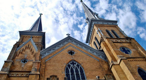 Here Are 10 Gorgeous Michigan Churches That Will Take Your Breath Away