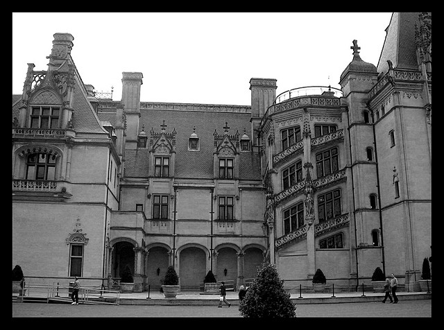 10. Talking to the dead at Biltmore