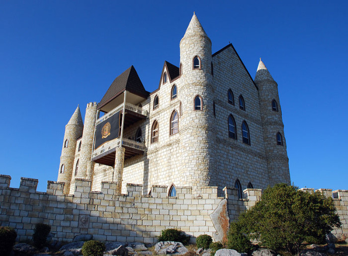 3) Falkenstein Castle: situated right in the heart of the Texas hill country, this looming castle sits between Burnet and Marble Falls. It's most famously used for weddings, and a complete royal wedding  package costs just under $5,000. Plus, wouldn't it just be awesome to say you got married in an old castle? I think so.