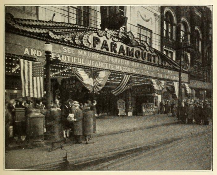 3) Circa 1930s: Paramount Theatre (Youngstown)