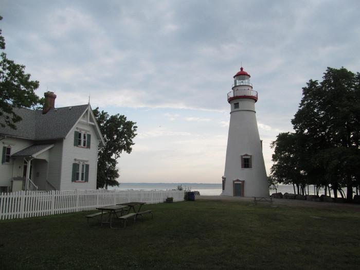 3) Marblehead Lighthouse (Sandusky Bay)
