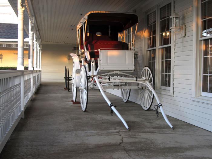 6) Amish Door Restaurant