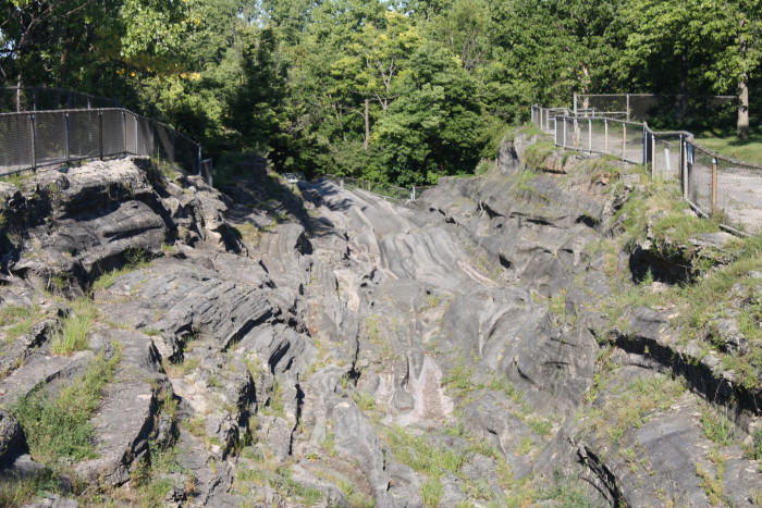 9) Kelley's Island is home to the largest accessible glacial grooves in the world.