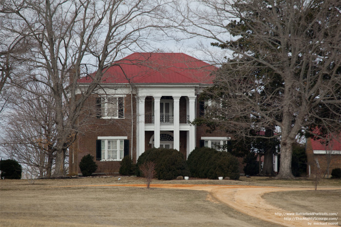 1) Oaklawn is the name of Absalom Thompson's home in Maury County. As one of the top places for antebellum homes in Tennessee, Oaklawn is a stunningly original plantation home that will push you straight back into the Civil War era.