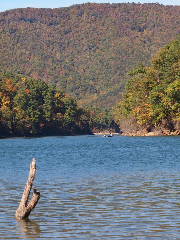 20) Boone Lake