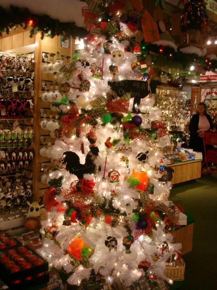 6) Bronner's Christmas Wonderland