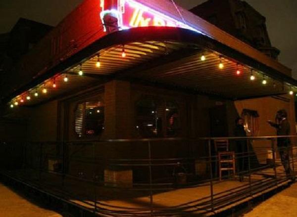 1) Bronx Bar, Detroit