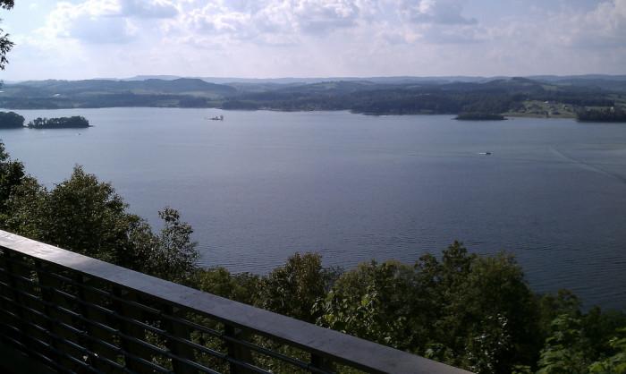 17) Cherokee Lake
