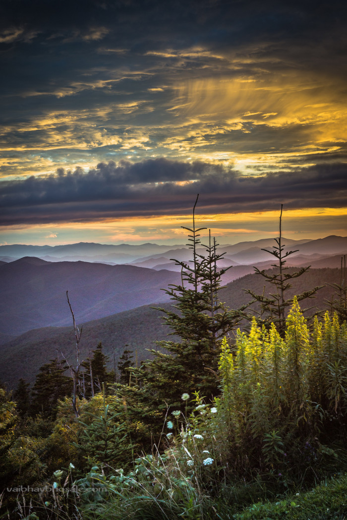 18) Clingman's Dome is an absolute hottie when it comes to the sunset side of things. At 6,643 feet, you're as close to the sun as you can get - this is the highest point in the Great Smokey Mountains.