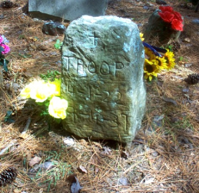 10.) Alabama is home to the Coon Dog Cemetery - the only cemetery of its kind in the world.