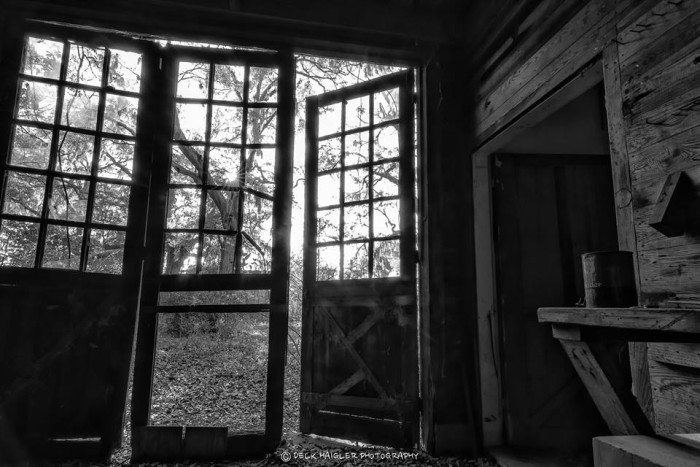 15. It's arms are open in welcome. Who will come knocking? Forgotten barn, Rural SC.