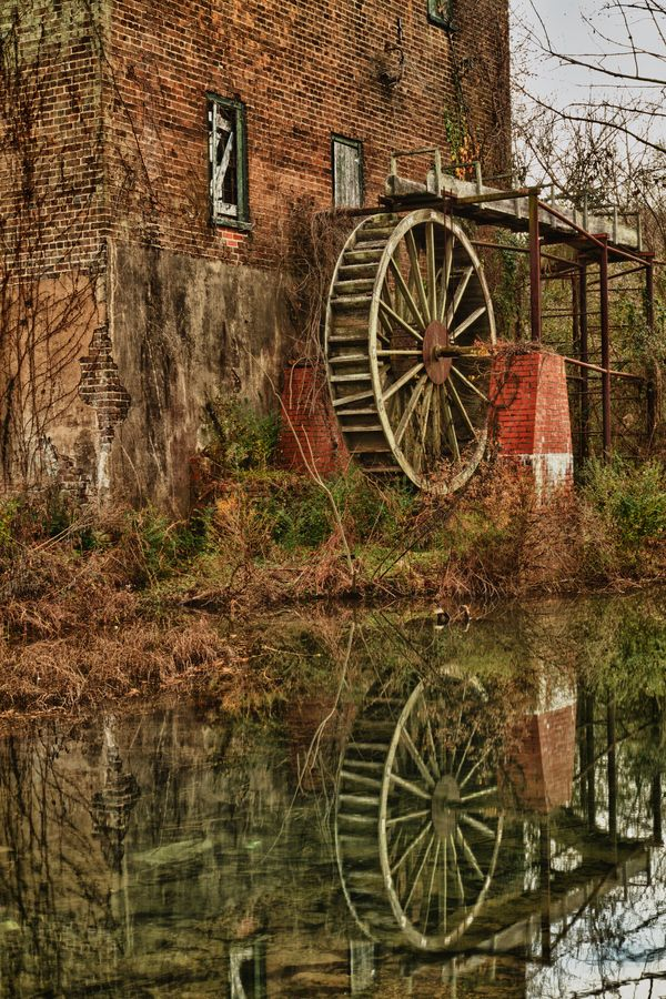 Deserted Mill near Lindale, Georgia