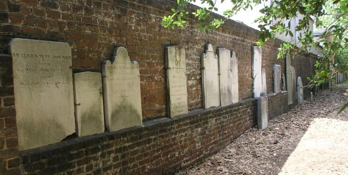 7. Colonial Park Cemetery in Savannah, Georgia