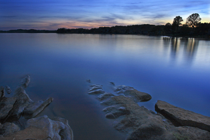 14) Fort Loudon is located in Monroe County, Tennessee - a place of rivers and lakes and fantastic sunsets. Just look at that.