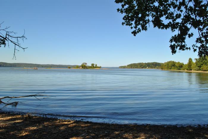 11) Kentucky Lake