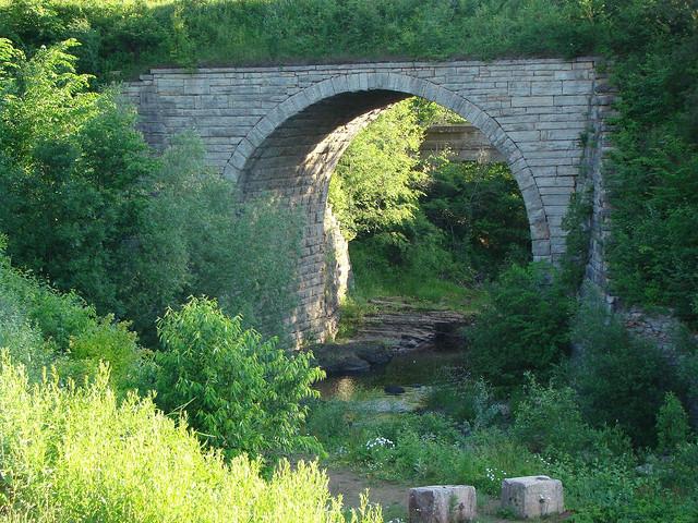7) Keystone Bridge