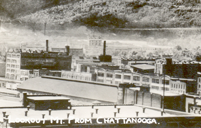 10) This aged photograph gives you a look at Chattanooga.