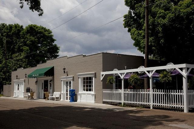 3.) Main Street Cafe - Madison