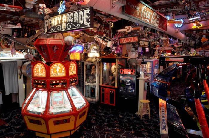4) Marvin's Marvelous Mechanical Museum
