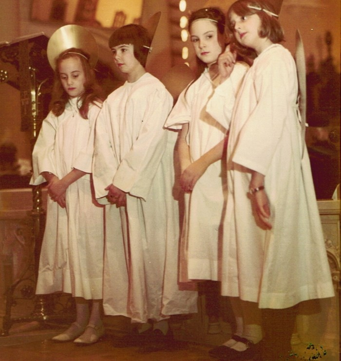 18) These darling angels sang sweet Tennessee tunes in Memphis, 1969.