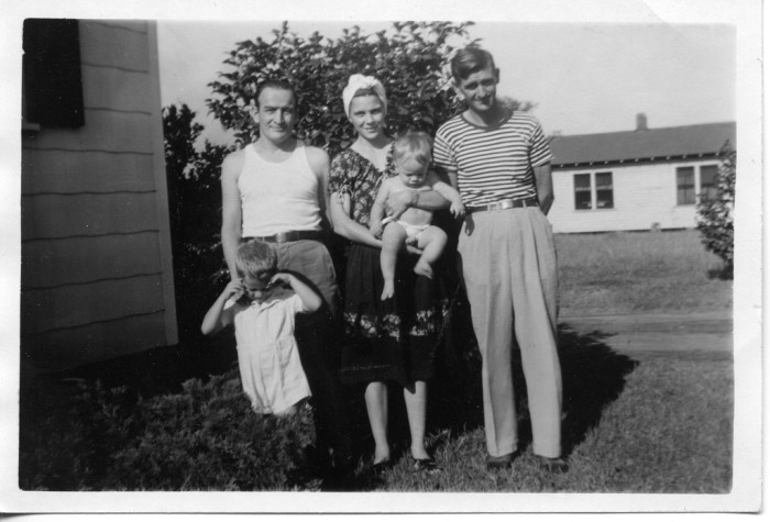 15) This bright-eyed family had the chance to start out in good 'ol Memphis. What a great place for a beginning, hey?