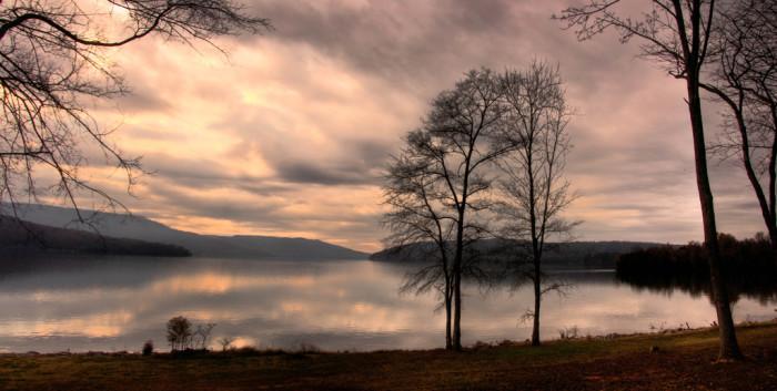 9) Nickajack Lake