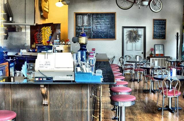 11.) The Palace Ice Cream & Sandwich Shop - Tuscumbia