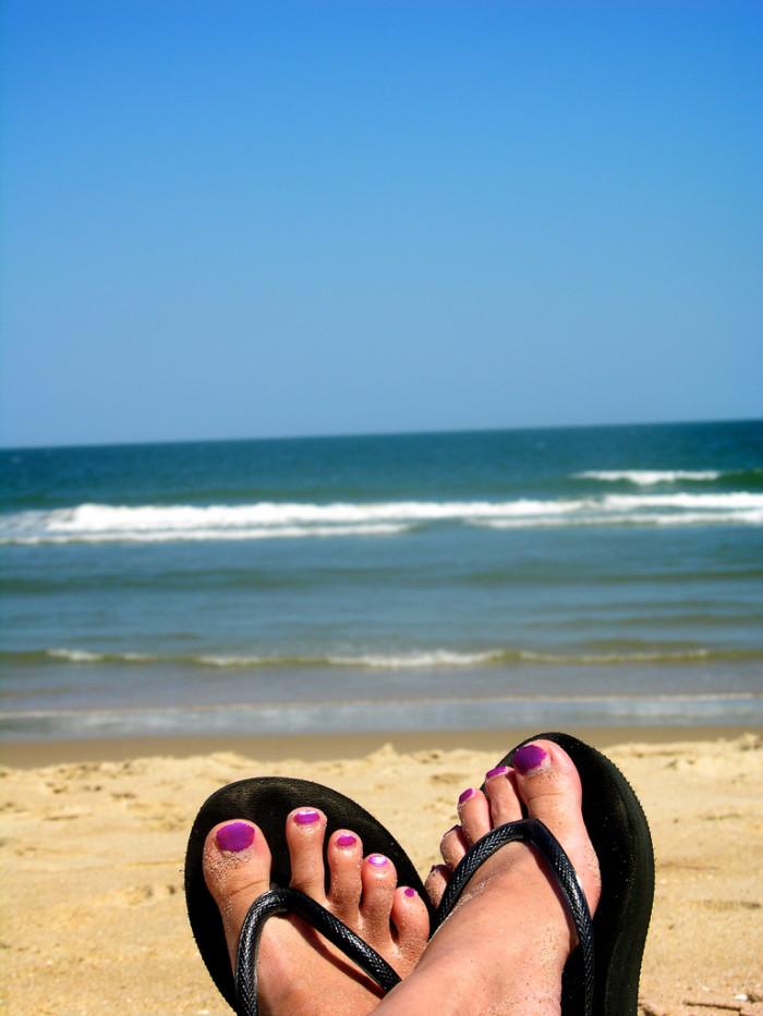 VA beach toes