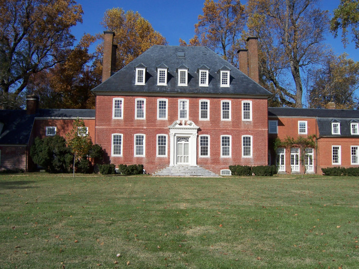 2. Get In Touch With Your Southern Roots: The James River Plantations