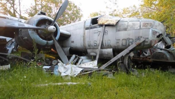 5) Newbury Airplane Graveyard