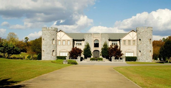2.  Cook Castle (Fort Payne, AL) - Cook Castle, formerly known as Excalibur, is a stone castle that looks like it should've existed during medieval times.  Built in 1984 by Jeff Cook (member of the country group Alabama), Cook Castle is a 15,000 square foot home that's now open to the public for special events.  You can even arrange to stay overnight in this castle if you wish to do so.