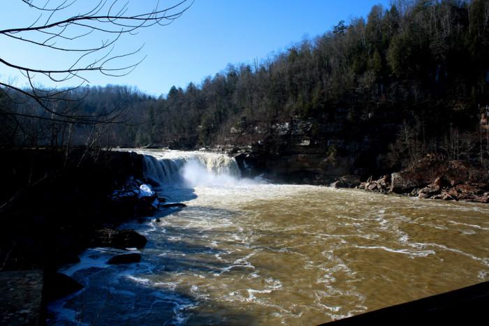 2. Cumberland Falls State Resort Park