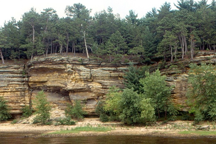 3. Wisconsin Dells. While there are plenty of views on the tops of the tall water attractions, some of the best views are on dry ground looking at the beautiful actual Wisconsin Dells. You can hike or take a duck to get the full experience.
